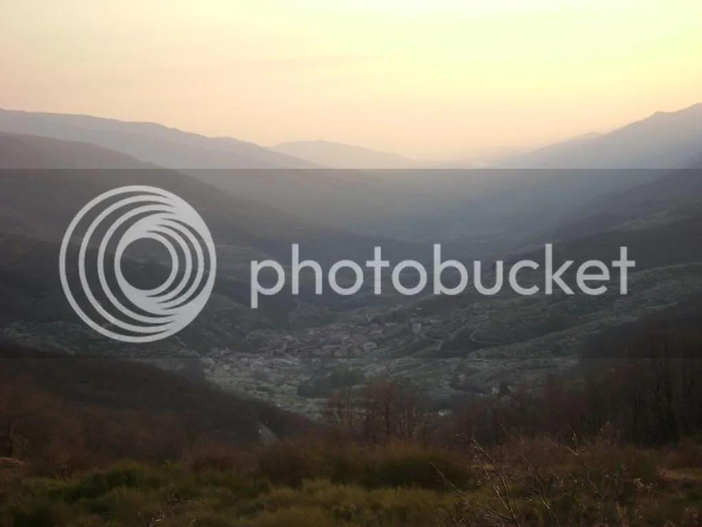 El Valle del Jerte, visto desde el Balcón del puesto de Tornavacas