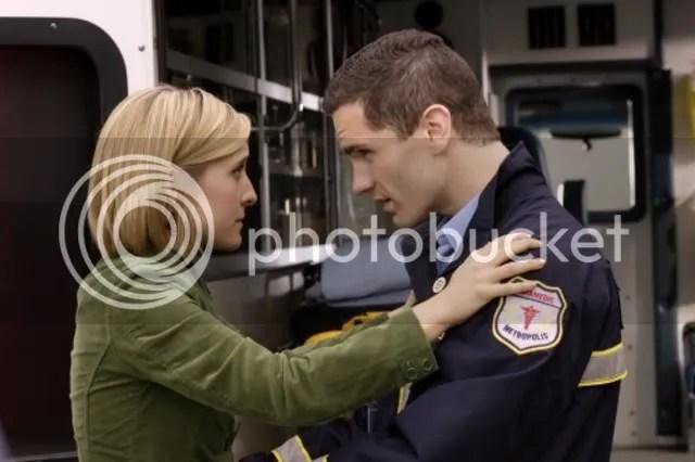 Assustada, Chloe só reconhece Davis