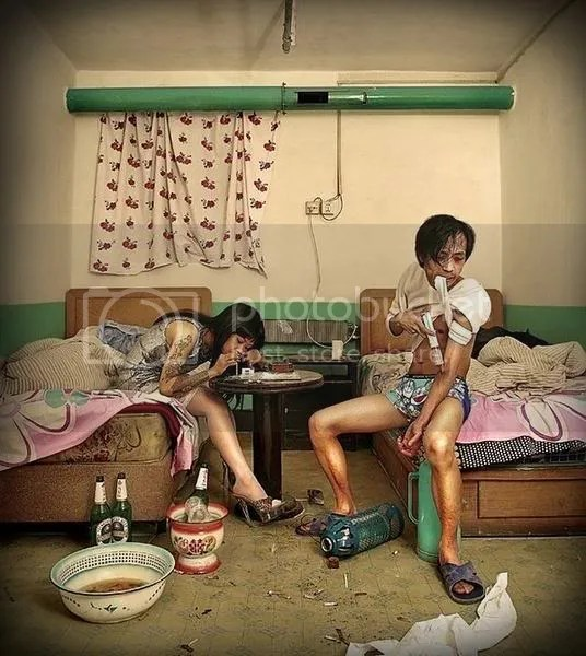 chinese-hotel-room-stories-drug-use.jpg picture by Viviobluerex