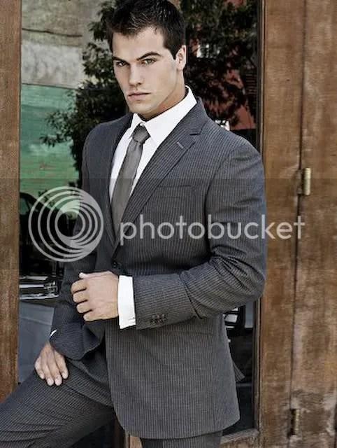 Bodybuilder in suit and tie photo HillJed-Suitandtie.jpg