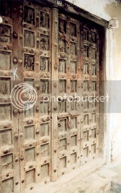 https://i1.wp.com/i22.photobucket.com/albums/b335/hardywang/Tanzania/Zanzibar/stonetown02.jpg