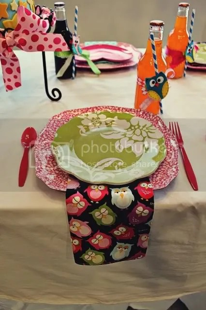 Owl-decor-table.jpg