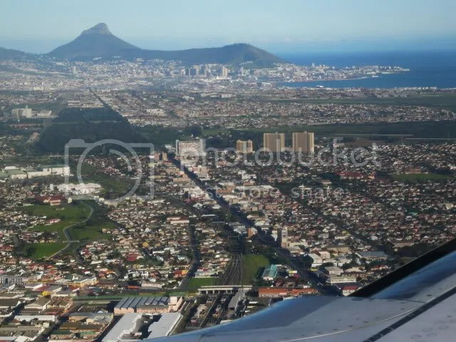 Cape Town and Table Mountain from seat 17F
