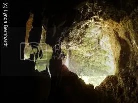 Light shining into cave (c) Lynda Bernhardt