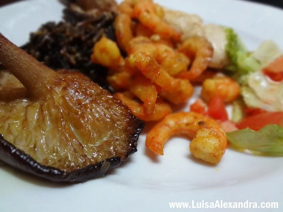 Mimos de Pescada com Molho de Nata com Cogumelos Porcini photo DSC06993.jpg