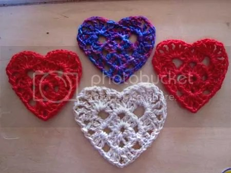Free Crochet Patterns With Hearts : Crocheted Heart Pattern Hinzpired