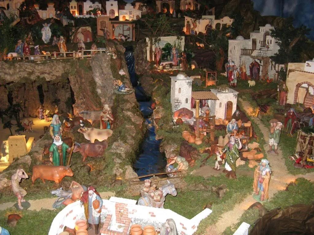 A traditional panama miniature nativity scene lingua franca - Presepi fatti in casa ...