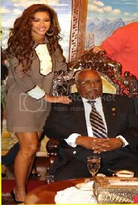 Beyonce with Ethiopia's President Girma at National Palace in Ethiopia Photo ENA