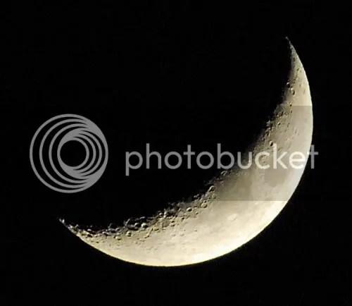 I'm the Moon..;)