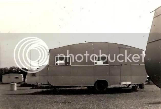 !950'S Holiday caravan photo image0-9.jpg