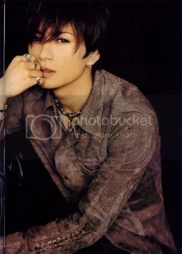 Gackt is so hot. I WANT HIM **Pouts**