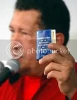 https://i1.wp.com/i237.photobucket.com/albums/ff41/prodefensadelaeducacion/chavez_constitucion.jpg
