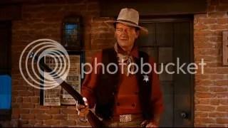Sheriff John T Chance (John Wayne).