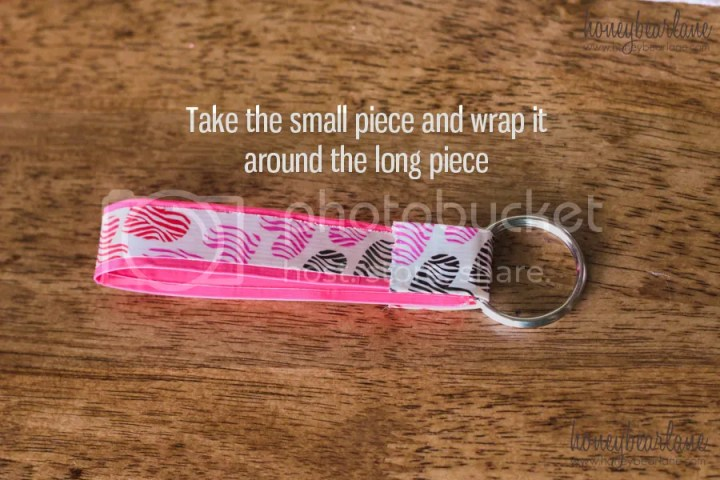duck tape keychain diy