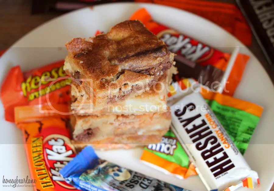 photo halloween candy blondies_zps4mddv3b1.jpg