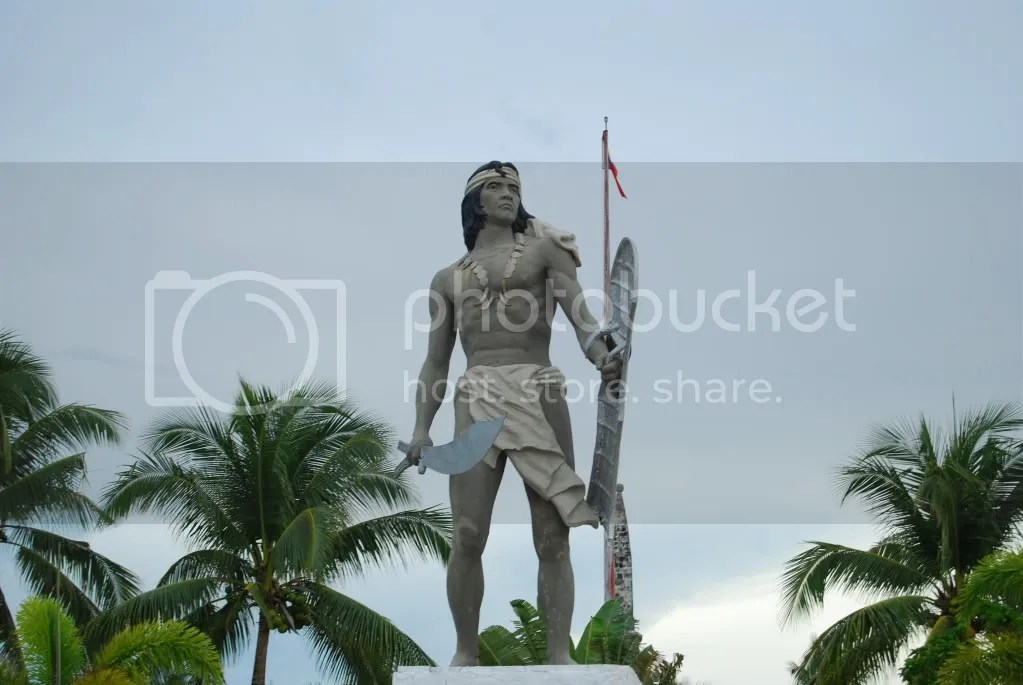 Statue of Lapu-Lapu at the Lapu-Lapu Shrine