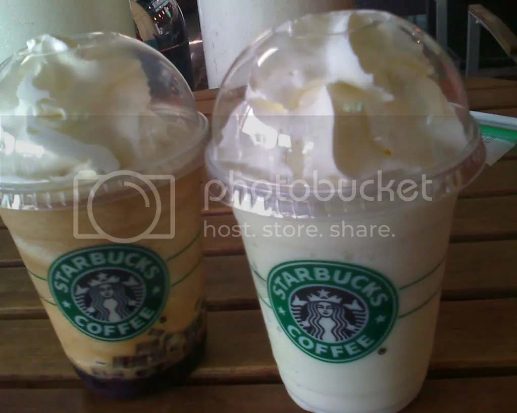 Starbucks Frappe: Vanilla and Coffe Jelly Frappe