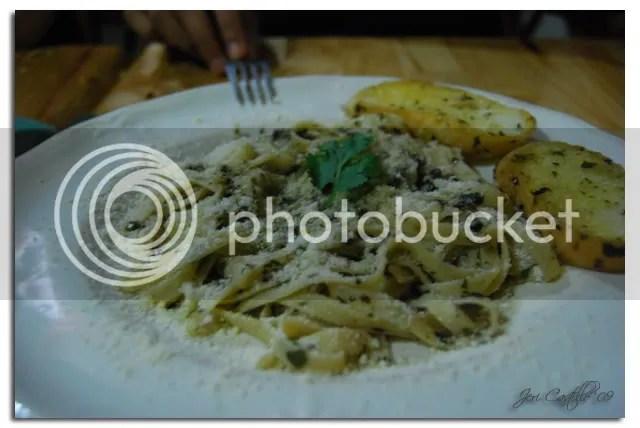 Cocina Juan's Pesto Pasta