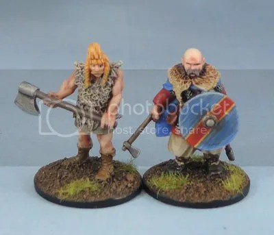 28mm Viking Miniatures, SAGA, Gripping Beast Jarl Sigvaldi, Eureka Miniatures Beowulf hearthguard