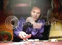 Gambit (Taylor Kitsch) é outro mutante que estréia nos cinemas - CLIQUE PARA AMPLIAR ESTA FOTO EM ÓTIMA RESOLUÇÃO