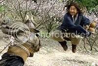 Jackie Chan em luta - CLIQUE AQUI PARA FAZER O DOWNLOAD DESTA FOTO EM ALTA RESOLUÇÃO