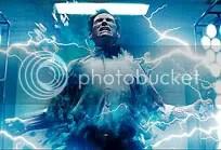 Acidente em laboratório o transforma num super-herói - CLIQUE PARA AMPLIAR ESTA IMAGEM EM ÓTIMA RESOLUÇÃO