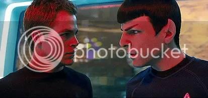 Chris Pine, como Kirk, e Zachary Quinto, como Spock - CLIQUE AQUI PARA AMPLIAR ESTA FOTO EM BOA RESOLUÇÃO