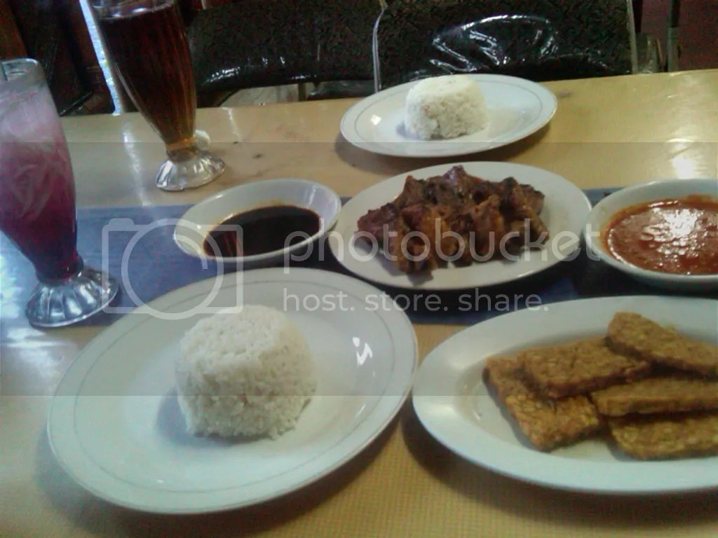 Selamat makan~
