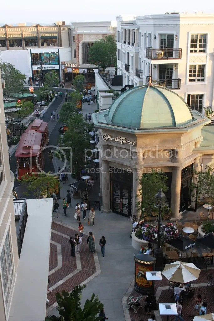 This photo of the Americana at Brand was taken at around 7pm.