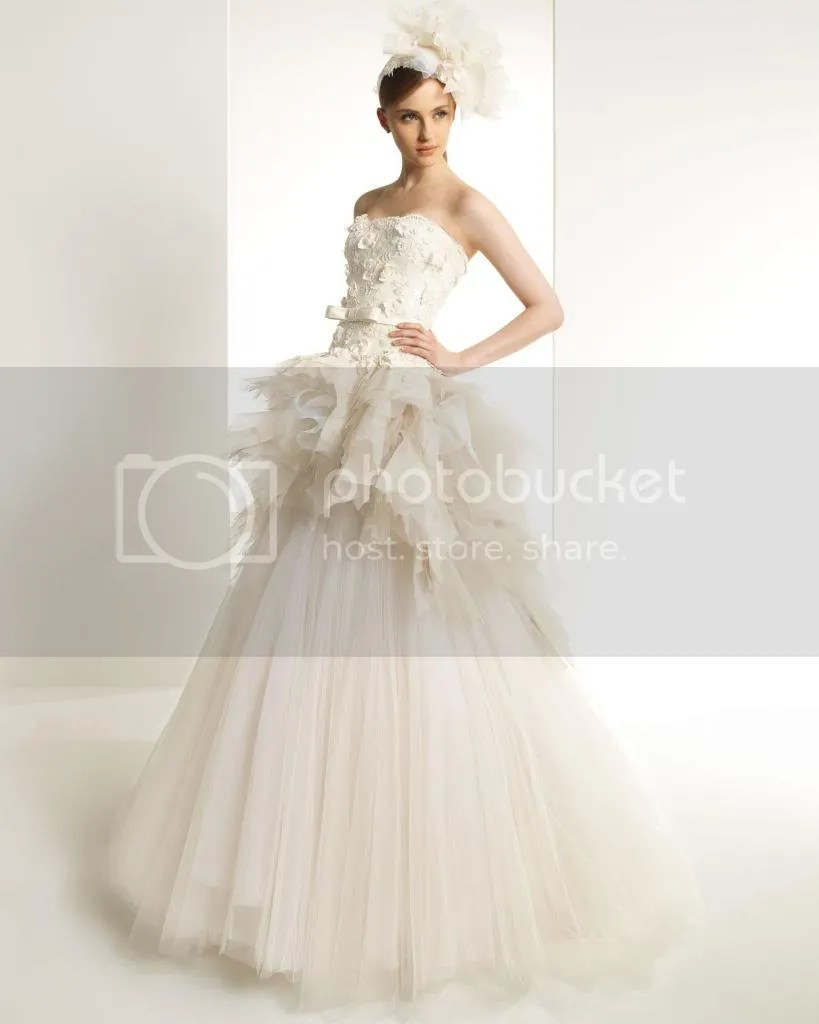 photo vestido_de_novia_zuahir_novia_102_zpscc22bfa3.jpg