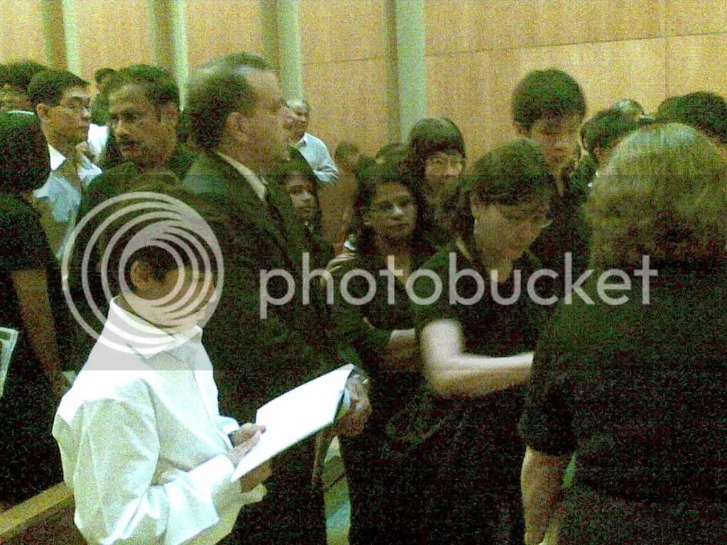 JBJmandai27.jpg JBJ's funeral service at Mandai crematorium picture by wayangparty