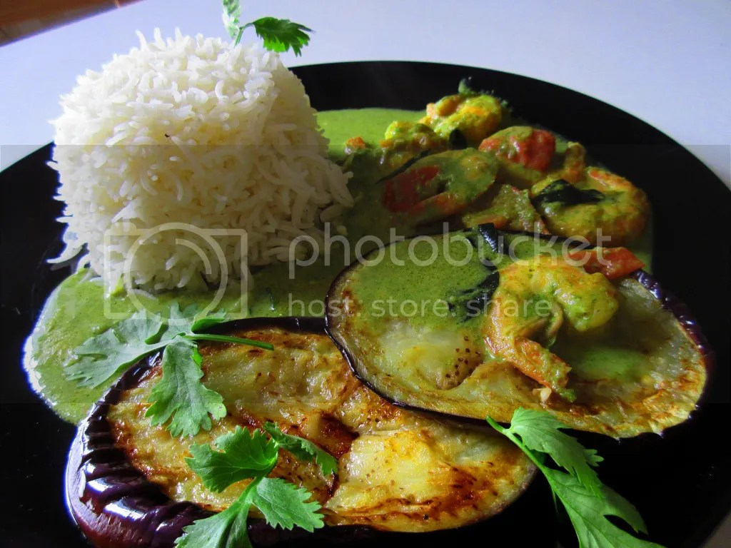 Shrimps and grilled aubergine in coconut and coriander curry
