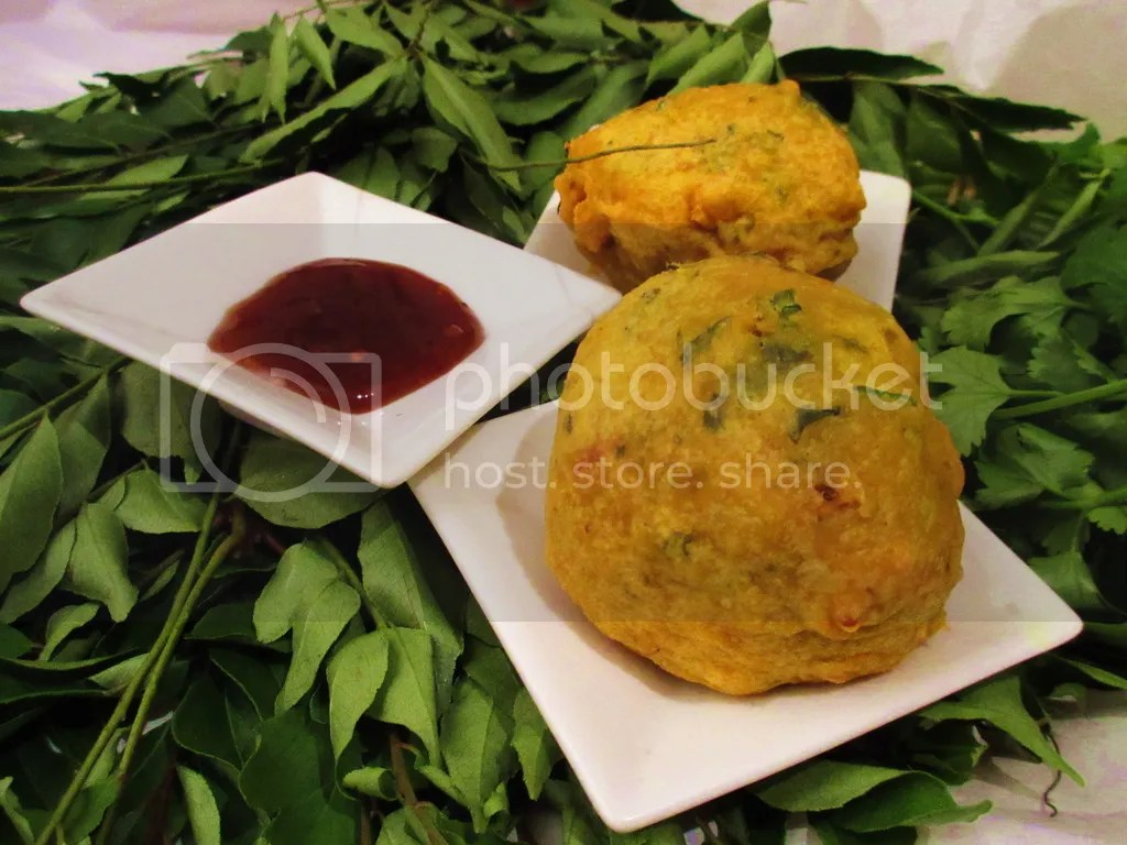 Batata Vada (Fried Potato Dumpling)