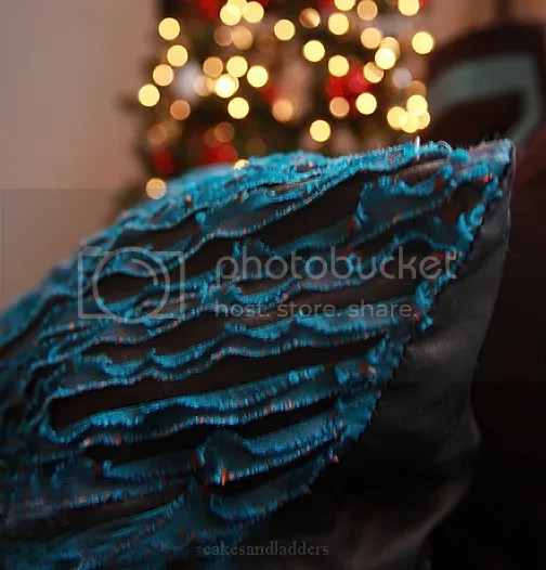 blue-pillow