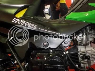 Kanzen Hybrid. Sepeda motor pertama di Indonesia dengan bahan bakar gas dan bensin.