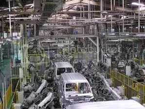Perakitan mobil Suzuki di Tambun2, Bekasi, Jawa Barat. Sedangkan produksi mesin sepeda motor dan mobil berada di Cakung, Jakarta Timur.