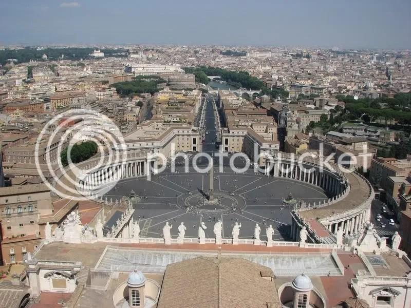 Piata Sf Petru, de si mai sus