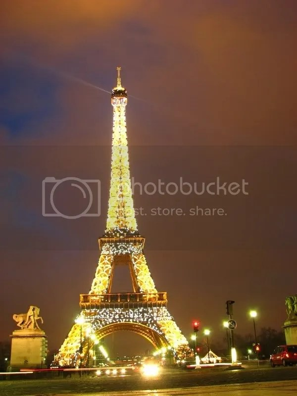 Turnul Eiffel si mai luminat