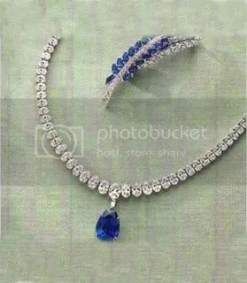 Oscar Heymann Sapphire and Diamond necklace $420,000