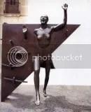 La Colometa, scultura di Campney
