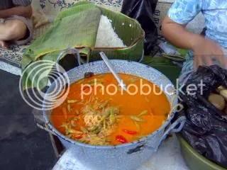 Kuahnya dari sayur labu siem...hangat, hangat gitu deh...