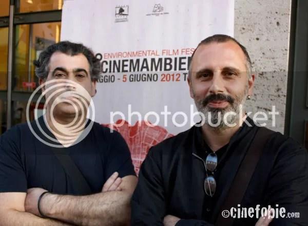 Paolo Barberi e Riccardo Russo, registi di The Well - Voci d'Acqua dall'Etiopia, posano per Cinefobie