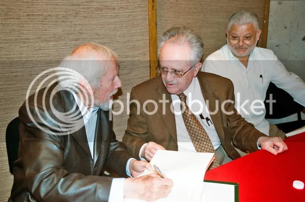 Entre lo sobresaliente de 2008, la presentación del libro Desciendo al corazón de la noche de Ramón Rodriguez, con la presencia de josé de la Colina.