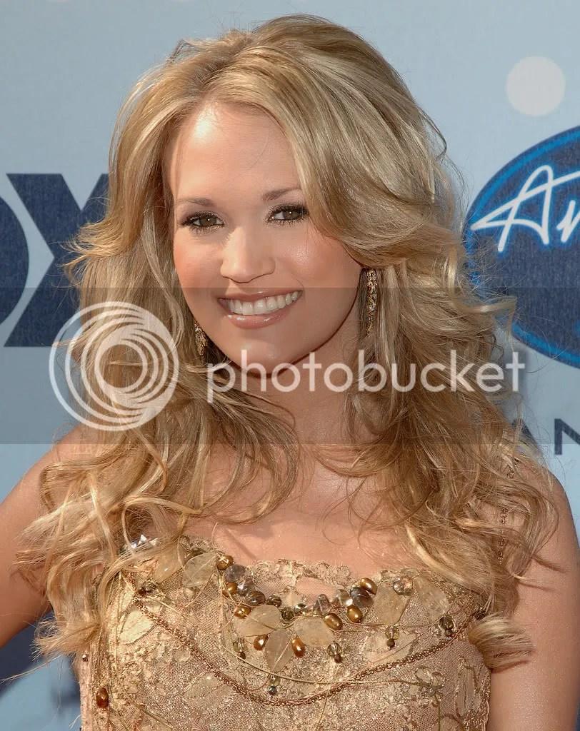 Carrie Underwood in 2007 - American Idol