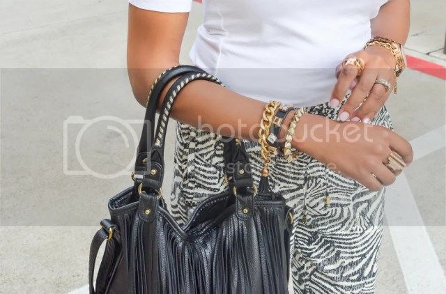 h&m, print pants, how to wear prints, fringe bag, fringe trend, how to wear fringe, just fab emanuele, cute summer shoes, arm candy, arm stack, dallas fashion blogger, fashion blogger, black fashion blogger, dallas blogger, summer fashion, easy summer looks, transitional looks