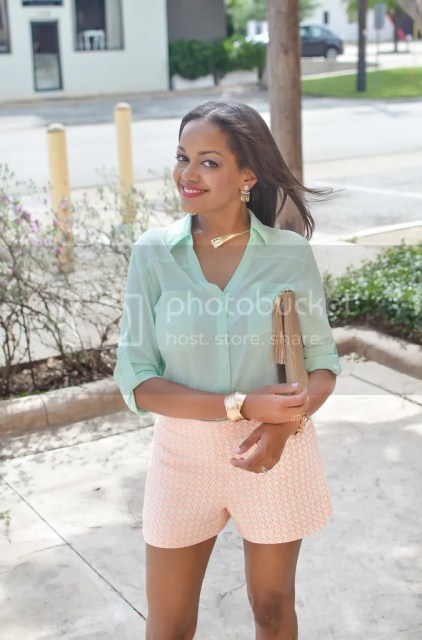black fashion bloggers, black fashion bloggers on instagram, black fashion blog, fashion bloggers, fashion blogger dallas, express portofino shirt, j crew factory shorts, zara shoes, gigi new york clutch outfit, printed shorts, bauble bar necklace, ear jackets, bauble bar warrior ear jacket, summer date night outfit, summer outfit ideas
