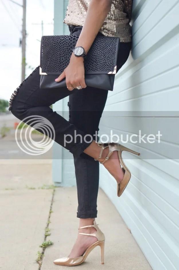 fashion blog, fashion blogger, sequin top, metallic shoes, rose gold shoes, zara shoes, ripped black jeans, distressed jeans, feminine edge, dallas blogger, dallas fashion blogger, detroit fashion blogger, black fashion blogger, style blogger, spring fashion, sequin top, sparkle top, rio ritz boutique, dallas