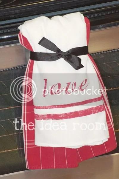 Stenciled Love Hand Towel The Idea Room