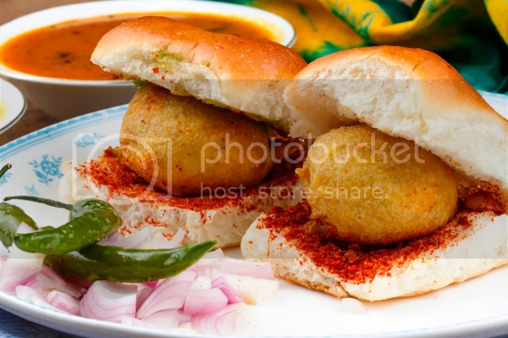 photo Dadar-Vada-Pav-Menu_1.jpg