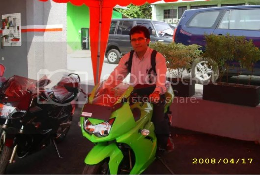 Taufik on 2008 ninja 250R